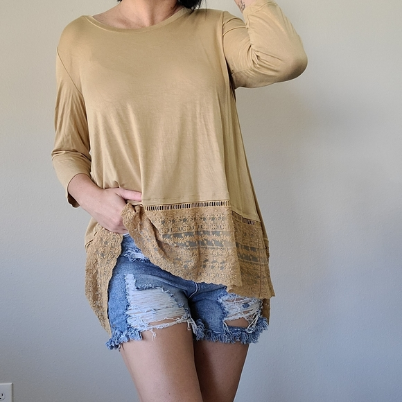 LOGO Lori Goldstein open back lace bottom tunic